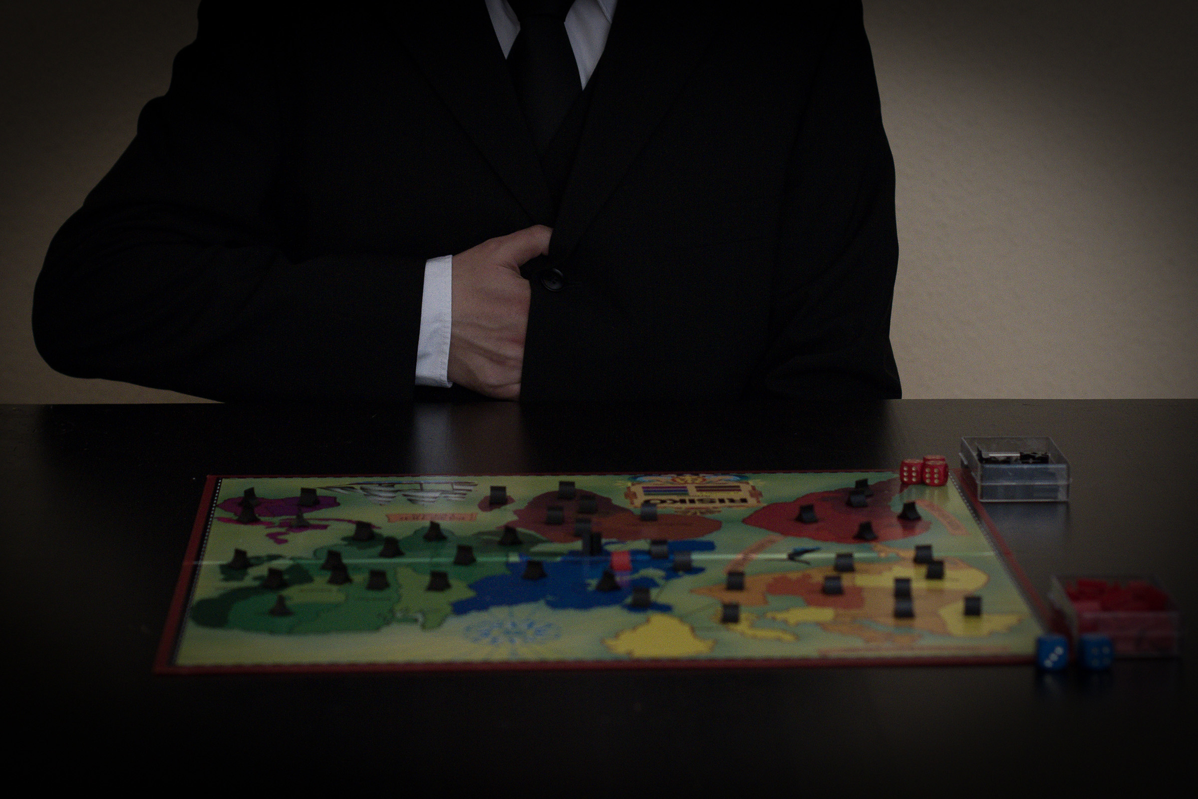 man, male, self, selfpic, selfportrait, risiko, game © André Schunert