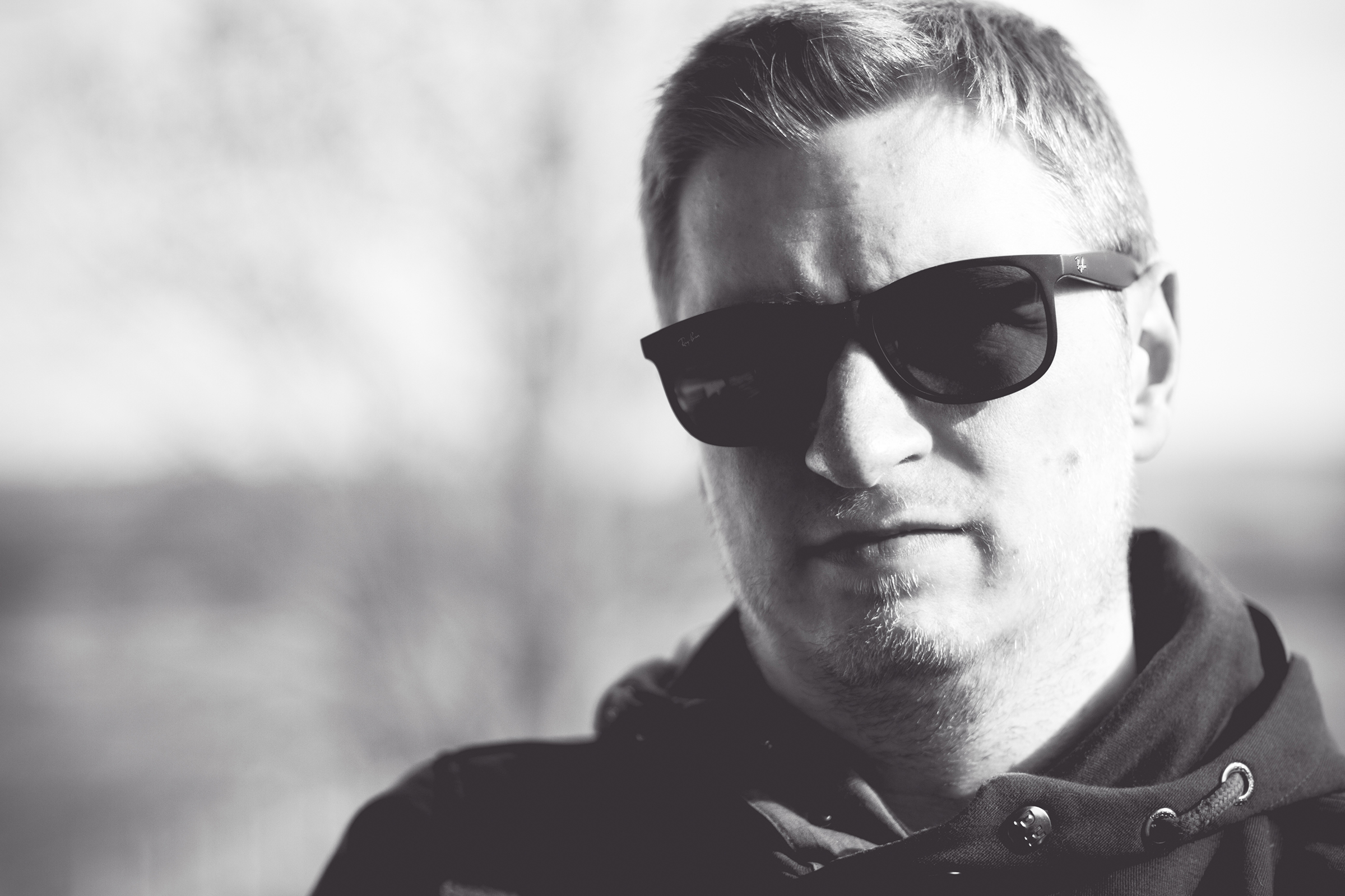 man, male, self, selfpic, selfportrait, sunglasses, outdoor songquotes © André Schunert